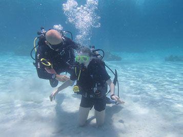 diving courses by menjangan