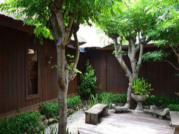 the menjangan room monsoon outdoor